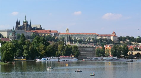 Hiring a boat in Prague