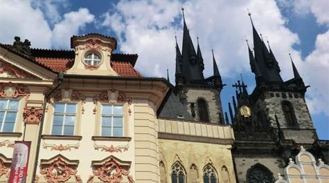 Goltz-kinsky palace